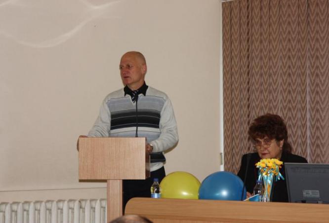 """Учасників конференції вітає президент Міжнародної громадської оранізації """"Здоров"""
